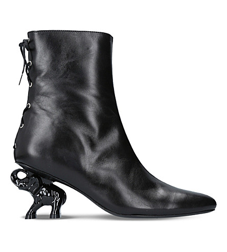 DORATEYMUR Tribal elephant heel leather ankle boots (Black