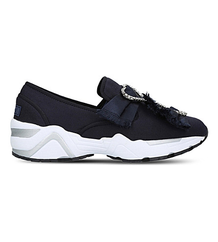 SUECOMMA BONNIE Triple brooch embellished trainers (Navy