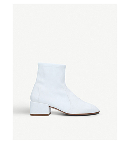 STUART WEITZMAN 手风琴与皮革袜子靴子 (白色