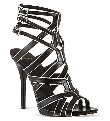 B BY BRIAN ATWOOD Carbinia sandals (Blk/white