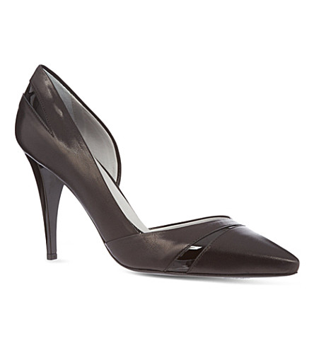 MCQ Lex high heeled pump (Black