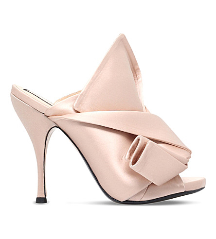NO 21 Bow satin heeled mules (Nude