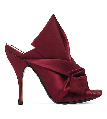 NO 21 Bow-detail satin mules (Wine