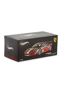HOTWHEELS Ferrari 458 Italia GT2 af course scale model