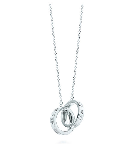 TIFFANY & CO Tiffany 1837 interlocking circles pendant in sterling silver