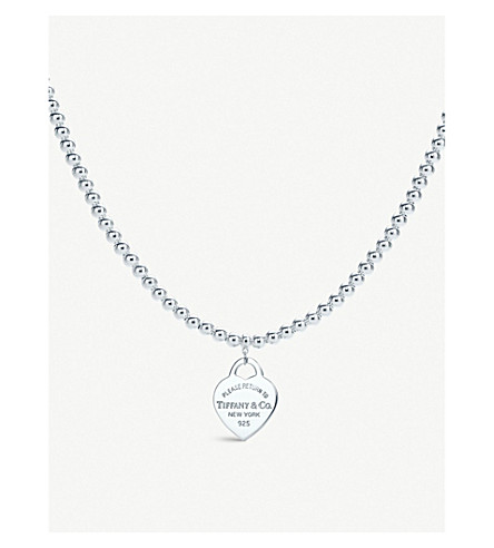 TIFFANY & CO Return to Tiffany heart tag in sterling silver on a bead necklace