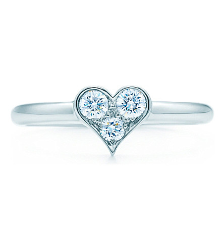 TIFFANY & CO Tiffany Hearts ring in platinum with diamonds