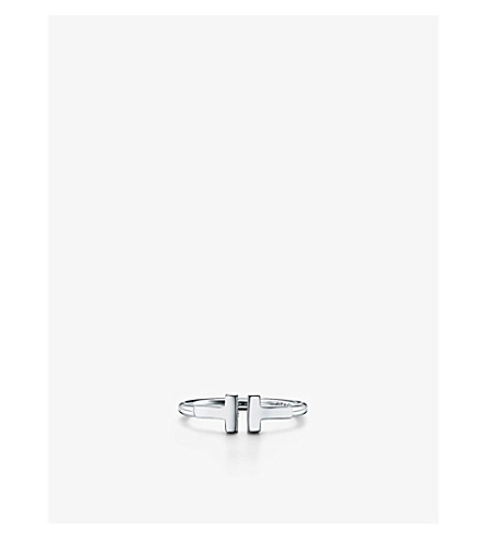TIFFANY & CO Tiffany T wire ring in 18k white gold