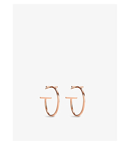 TIFFANY & CO Tiffany T wire hoop earrings in 18k rose gold, medium