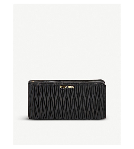 MIU MIU Quilted leather wallet (Nero