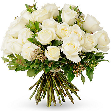 THE REAL FLOWER COMPANY Scented cream hand tied bouquet