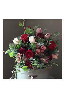 THE REAL FLOWER COMPANY Christmas Scented Luxury Antique & Red Rose bouquet