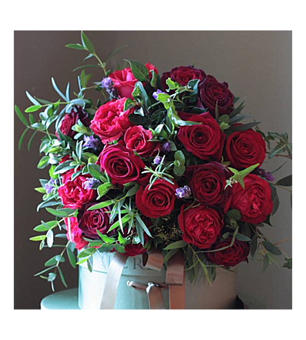 THE REAL FLOWER COMPANY Classic red rose bouquet (14