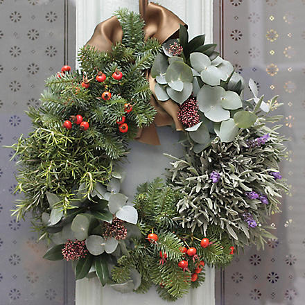 THE REAL FLOWER COMPANY Christmas Grouped Foliage Door Wreath