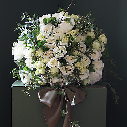 THE REAL FLOWER COMPANY Ivory rose 40 stem bouquet
