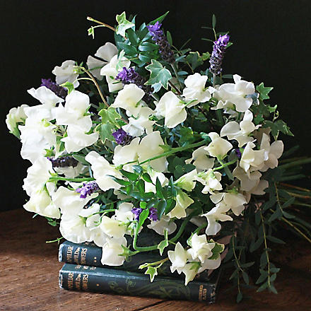 THE REAL FLOWER COMPANY Ivory Sweet Peas & Lavender Bouquet
