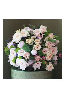 THE REAL FLOWER COMPANY Luxury English Garden Pastel Pink & Ivory bouquet
