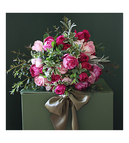 THE REAL FLOWER COMPANY Heavenly Scented mixed pink roses 18 stem bouquet