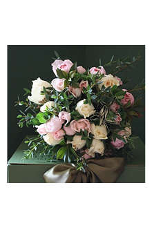THE REAL FLOWER COMPANY Pale pink and cream bouquet