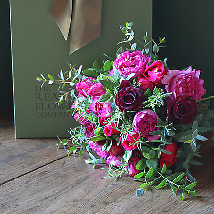 THE REAL FLOWER COMPANY Scented Pink & Red rose bouquet