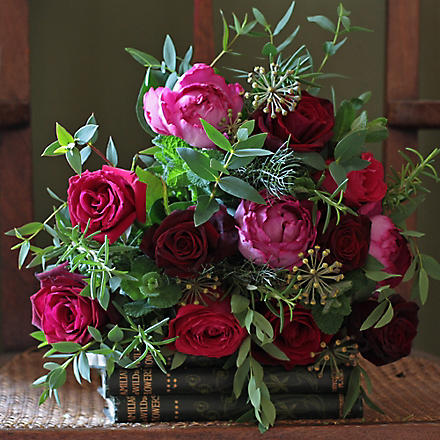 THE REAL FLOWER COMPANY Red and pink herb bouquet (14
