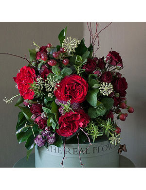 THE REAL FLOWER COMPANY Red rose and berry posy