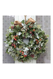THE REAL FLOWER COMPANY Christmas Rose Hips & Pine Wreath