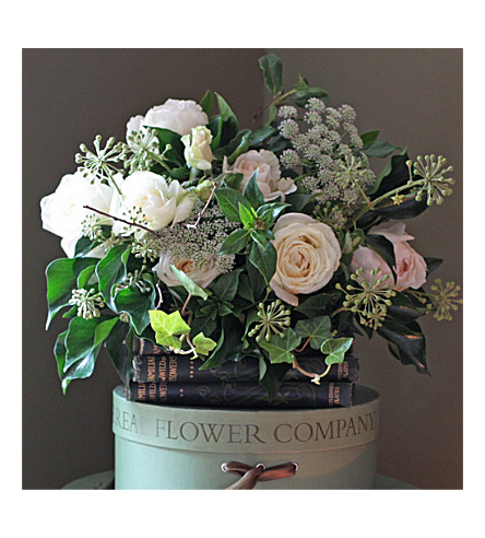 THE REAL FLOWER COMPANY Scented Ivory Posy bouquet