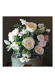 THE REAL FLOWER COMPANY Scented Ivory Summer Meadow posy