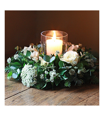 THE REAL FLOWER COMPANY Christmas Scented Ivory Table Wreath