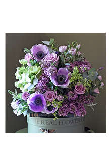 THE REAL FLOWER COMPANY Spring hellebore & lilac rose bouquet