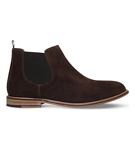 KG KURT GEIGER 街拉麂皮绒靴子 (棕色