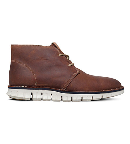 COLE HAAN ZERØGRAND leather chukka boots (Brown