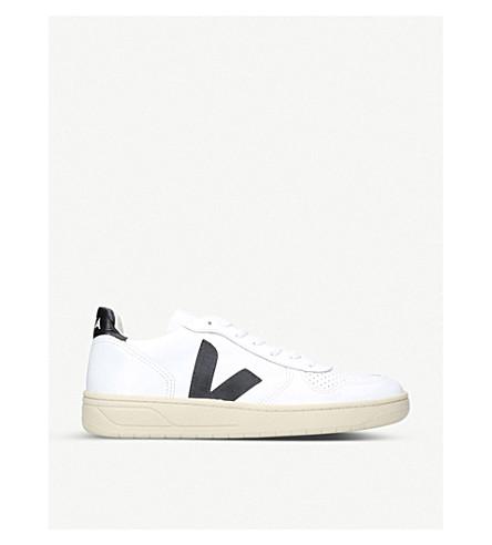 VEJAV10 皮革和网运动鞋 (白色/