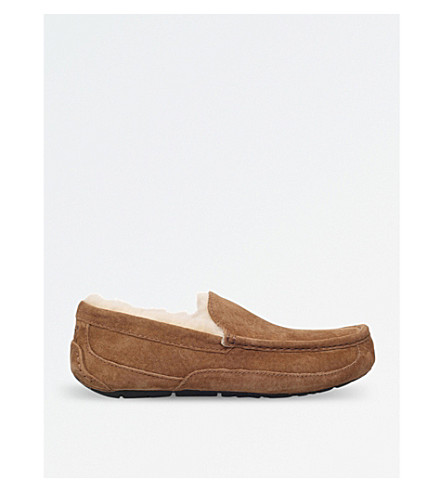 UGG Ascot suede slippers (Brown