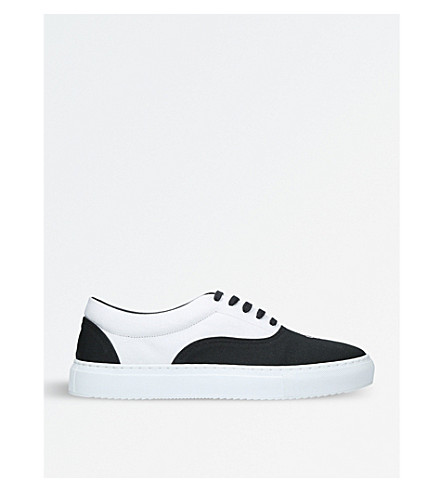 MARCELO BURLON Logo-detail canvas trainers (Blk/white