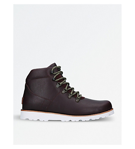 UGG Hafstein leather hiking boots (Wine