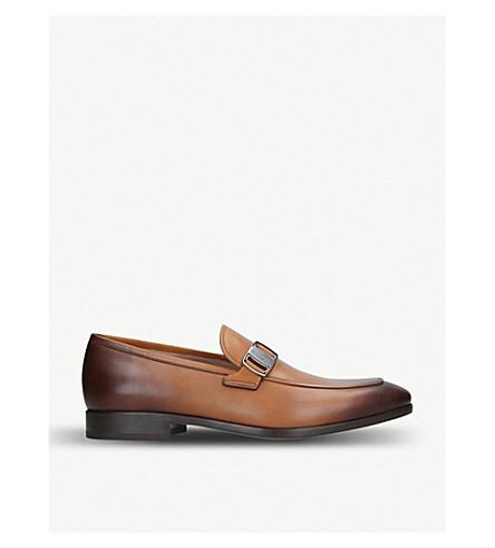 SALVATORE FERRAGAMO 本森扣革乐福鞋 (棕褐色