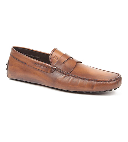 TODS Gommino Driving Shoes in Leather (Tan
