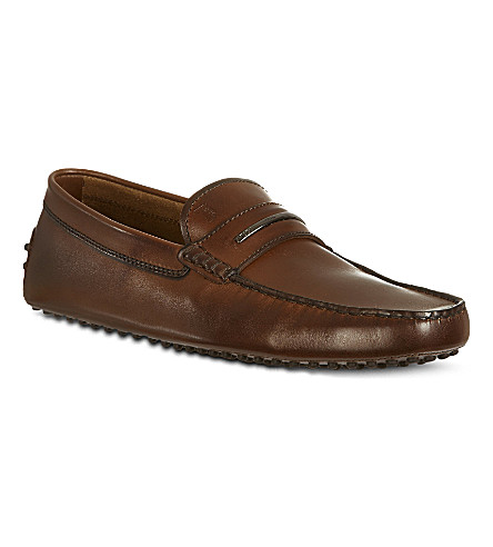 TODS Gommino Driving Shoes in Leather (Brown