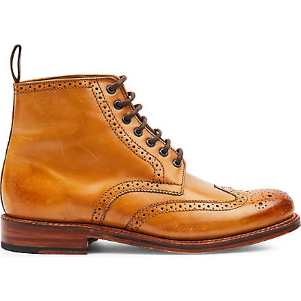 GRENSON Sharp brogue boots (Tan