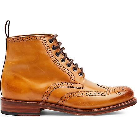 GRENSON Sharp brogue boots (Tan