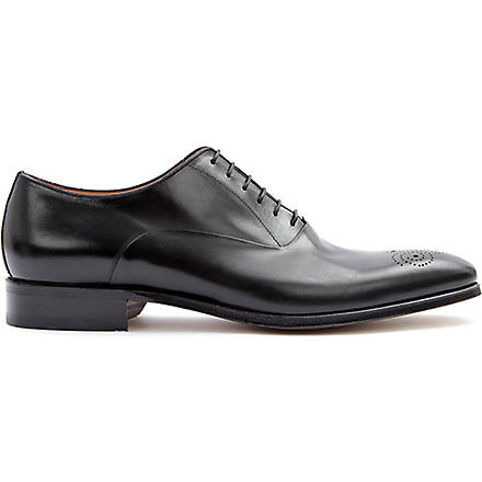 STEMAR Chisel punch toe Oxford shoes (Black
