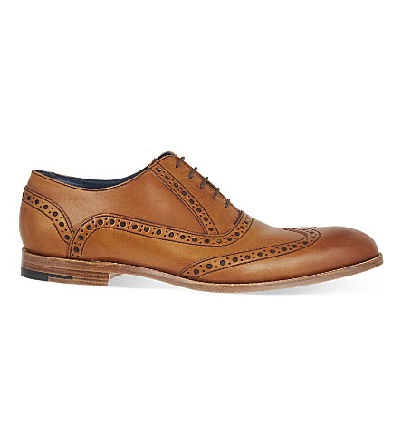 BARKER Grant 布洛克鞋 (棕褐色