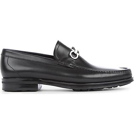 FERRAGAMO Horse bit loafers (Black