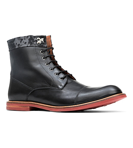 BESPOKEN Richmond contrast-sole boots (Black