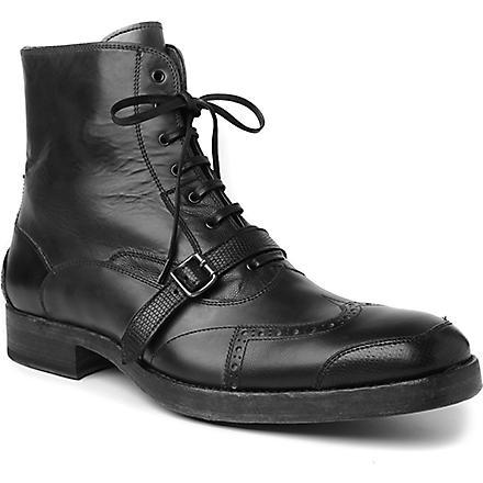 ALEXANDER MCQUEEN Wingcap strap boots (Blk/grey