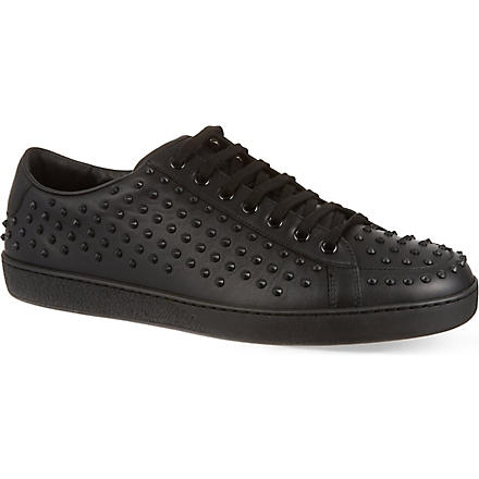GUCCI Brooklyn studded trainers (Black