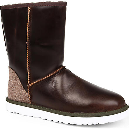 UGG Classic short leather boots (Brown