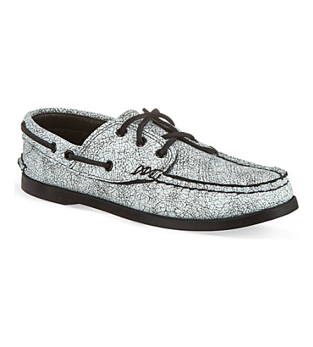 YUKETEN White leather boat shoe (White/blk
